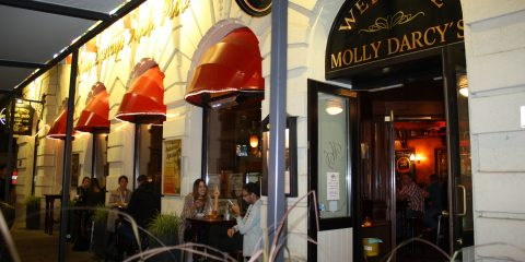 Molly Darcys Irish Pub